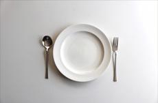 食事を1人で取る「孤食」の何が悪いのか?