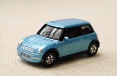 レンタカーとカーシェアリングどっちが安い?