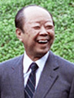 徳川慶喜に擬せられる自民党長期支配38年の最後の首相